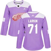Detroit Red Wings Women's Dylan Larkin Adidas Authentic Purple Hockey Fights Cancer Practice Jersey
